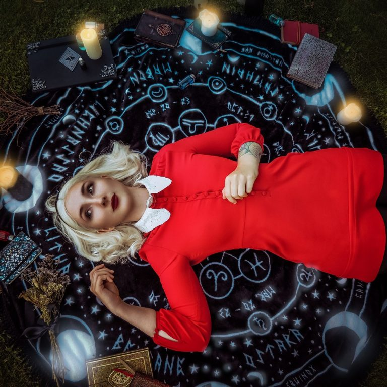 Sabrina Spellman - The Chilling Adventures of Sabrina